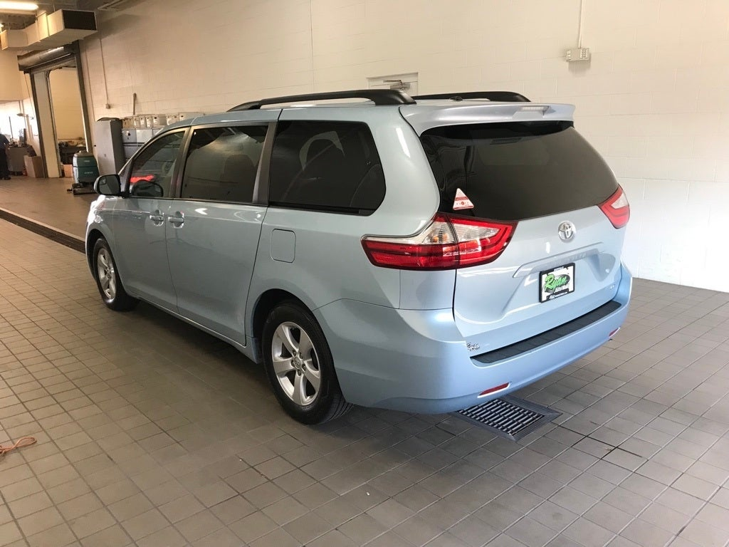 Used 2016 Toyota Sienna LE with VIN 5TDKK3DCXGS703363 for sale in Buffalo, Minnesota